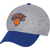 adidas Men's New York Knicks Structured Grey Flex Hat
