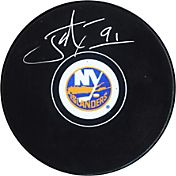 Frameworth New York Islanders John Tavares Signed Puck