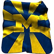 Michigan Wolverines Sherpa Throw Blanket